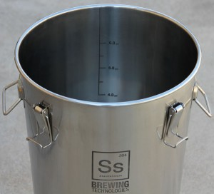 Filling-the-Brew-Bucket-1